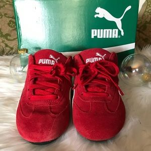 PUMA Speed Cat Sneakers Size 6.  Fits 6 1/2 and 7